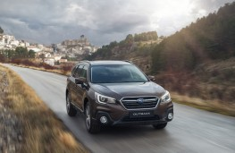 Subaru Outback, 2018, front