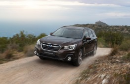 Subaru Outback, 2018, front, off road