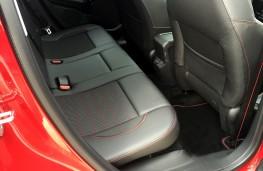 Peugeot 2008 GT Line, 2016, rear seats