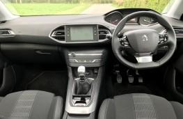 Peugeot 308 SW, dashboard
