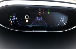 Peugeot 3008 Allure, 2017, instrument panel, distance alert