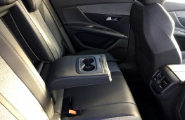 Peugeot 3008 Allure, 2017, rear seats