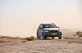 BMW X3, front