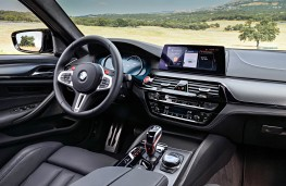 BMW M5 Competition, interior