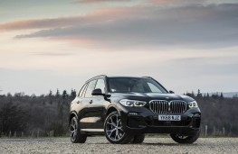 BMW X5, front