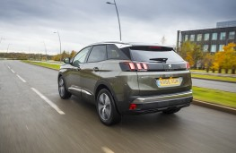 Peugeot 3008, 2017, Allure, rear, action