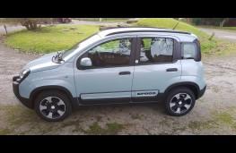 Fiat Panda 1.0 City Cross Hybrid, side