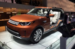 Paris Motor Show 2016, Land Rover Discovery