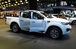 Paris Motor Show 2016, Renault Alaskan