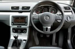 Volkswagen Passat, 2011, dashboard