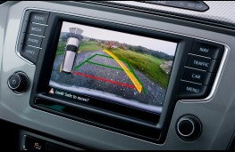 Volkswagen Passat Alltrack, camera display