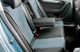Volkswagen Passat, 2011, rear seats