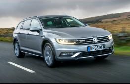 Volkswagen Passat Alltrack, front, action