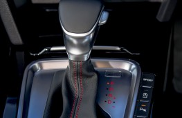 Kia ProCeed GT, 2019, gear lever