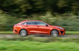 Kia ProCeed GT, 2019, side
