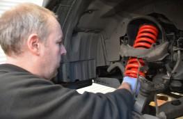 Isuzu D-Max, fitting Pedders D-Max TrakRyder Lift Kit
