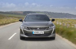 Peugeot 508 SW, full front action