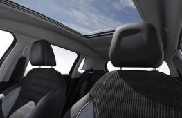 Peugeot 2008, sunroof