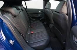 Peugeot 308 GT, rear seats