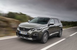 Peugeot 5008 SUV, action front 2