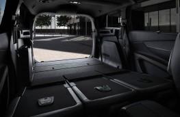 Peugeot 5008 SUV, boot 1