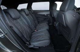 Peugeot 5008 SUV, rear seats