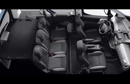 Peugeot Partner Tepee Electric 2017 interior 2