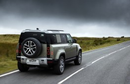 Land Rover Defender P400e, 2020, rear