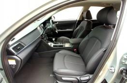 Kia Optima PHEV, front seats