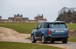 Range Rover P400e PHEV, 2018, rear, Blenheim Palace