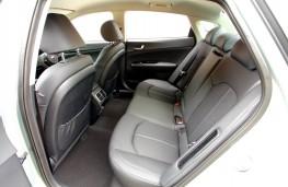Range Rover P400e PHEV, 2018, rear seats