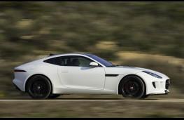 Jaguar F-Type Coupe side action