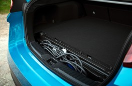 Toyota Prius Plug-in, boot