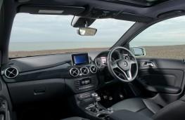 Mercedes B-Class Sport, interior