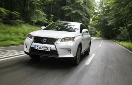 Lexus RX450h, action