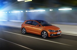 Volkswagen Polo, 2017, side, action