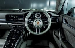 Porsche 911 Turbo S, 2021, interior