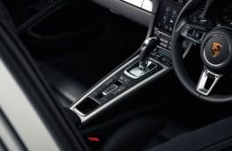 Porsche 911, cockpit detail