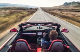 Porsche 911, driving shot