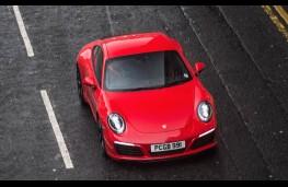 Porsche 911 Carrera, above action