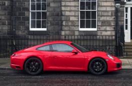 Porsche 911 Carrera, side static