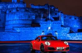 Porsche 911 Carrera, static castle