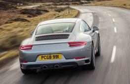 Porsche 911 Carrera S, rear action