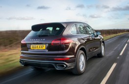 Porsche Cayenne, rear action