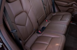 Porsche Cayenne, rear seats