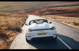 Porsche 718 Spyder, rear