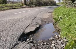 Pothole, 2021, IAM Roadsmart