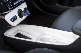 Toyota Prius, 2016, console