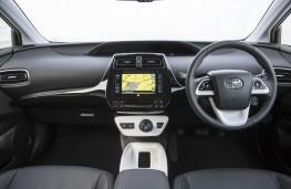 Toyota Prius, 2016, dashboard