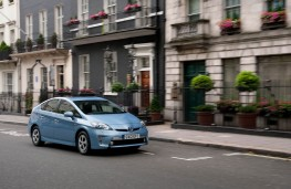 Toyota Prius Plug-in, front, action